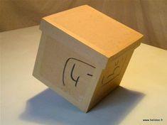 Tuto DIY Fiche pour fabriquer boite en carton - kraftage boite en carton Cardboard Paper, Cardboard Furniture, Diy Paper, Diy Box, Origami, Wraps, Gift Wrapping, Creative, How To Make