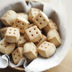 四角い形がキュート!簡単&サクサクな「キューブクッキー」はいかが? - 暮らしニスタ