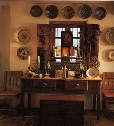 Rugged Mexican Furniture With Thick Pottery