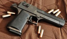 """Shot my Stepdad's once. All I could say was """"WOW"""" Desert Eagle .50AE"""