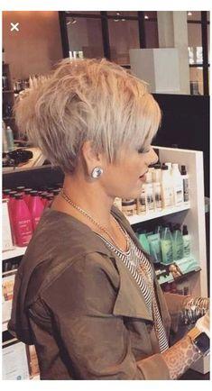 Trendy Haircut, Stylish Short Haircuts, Latest Short Haircuts, Short Hairstyles Over 50, Sassy Haircuts, Popular Short Hairstyles, Short Pixie Haircuts, Hairstyles 2018, Popular Haircuts