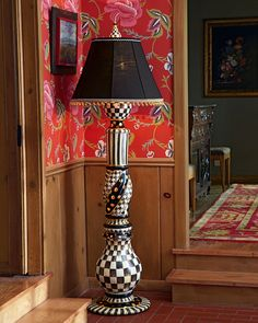 Courtly Check Floor Lamp