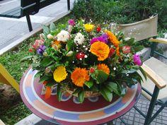 Moustakas flowers-Spring flower basket #flowerbasket #springflowers Flower Basket, Spring Flowers, Weddings, Table Decorations, Plants, Ideas, Home Decor, Decoration Home, Room Decor