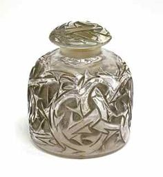 "129: 1920 R. Lalique ""Epines"" Perfume Bottle : Lot 129"