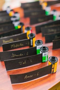 Have a photography theme? Are you a photographer? Great way to re-purpose film canisters and make guest escort cards for your wedding reception! Wedding Seating Cards, Wedding Table, Diy Wedding, Wedding Reception, Wedding Ideas, Cinema Wedding, Diy Foto, Table Cards, Film Photography
