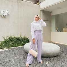 Modest Fashion Hijab, Modern Hijab Fashion, Street Hijab Fashion, Casual Hijab Outfit, Hijab Fashion Inspiration, Muslim Fashion, Fashion Pants, Fashion Outfits, Ootd Hijab