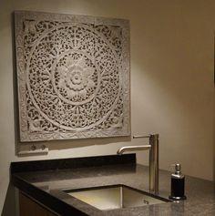 SIMPLY PURE Houtsnijwerk / Houten wandpaneel 90x90 in keuken