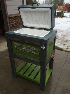 Seahawks Wood Cooler made from pallet wood.