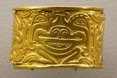 Brazalete de Oro, Museo del Oro, Bogotá, Colombia