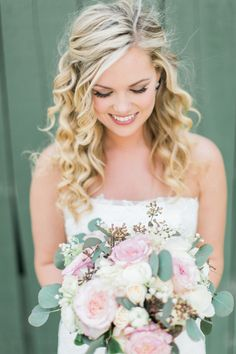 Wavy bridal hair, wedding hairstyle ideas, curled tendrils, pin to your own bridal inspiration board // Lucas Rossi Photography