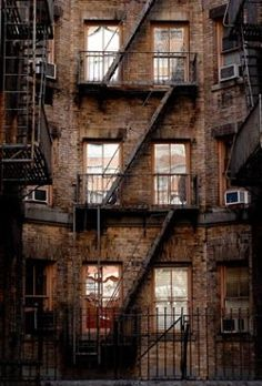russet brick facade I rozsdabarna tégla homlokzat Building Stairs, Building Facade, New York City, Fire Escape, West Side Story, Little Italy, Foto Art, Cool Apartments, Stairways