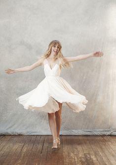 Paris Atelier, Creations, White Dress, Dresses, Fashion, Perfect Wedding Dress, Unique Dresses, Short Gowns, Civil Ceremony