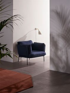Cloud One Seater by Luca Nichetto, Bellevue AJ9 by Arne Jacobsen and The Moor Rug by All the Way to Paris.