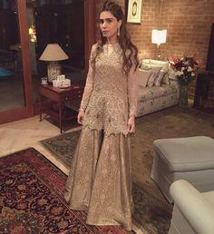 Noor Monnoo rocking in faraz Manan Pakistani couture Shadi Dresses, Pakistani Formal Dresses, Pakistani Wedding Outfits, Nikkah Dress, Pakistani Dress Design, Indian Dresses, Indian Outfits, Eastern Dresses, Pakistani Couture