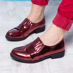 #reduceriPantofi cu talpa joasa -44% Pantofi dama Jodie visinii casual #OfertePantofi Men Dress, Dress Shoes, Loafers Men, Casual, Oxford Shoes, Fashion, Fashion Shoes, Lady, Moda