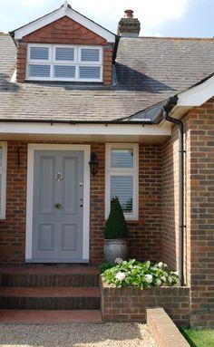 Grey Victorian door with white frames. White Garage Doors, Grey Front Doors, Front Door Entrance, Front Entrances, Traditional Front Doors, Victorian Front Doors, White Frames, Door Steps, Uk Homes