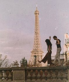 mon amour amazing Tagged with aesthetic couple eiffel tower love paris vintage Couple Aesthetic, Aesthetic Vintage, Aesthetic Photo, Travel Aesthetic, Aesthetic Pictures, Aesthetic Grunge, Aesthetic Collage, Images Esthétiques, The Love Club