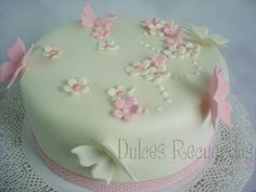 Cake Icing Tips, Fondant Cakes, Cupcake Cakes, Cake Decorating Amazing, Birthday Cake Decorating, Christening Cake Girls, Barbie Cake, Birthday Cakes For Men, Butterfly Cakes