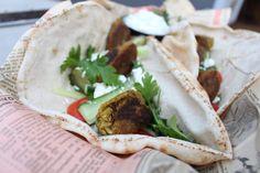 Falafel i stekpanna Falafel, Tacos, Mexican, Vegan, Baking, Ethnic Recipes, Food, Vegetarische Rezepte, Recipes
