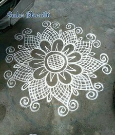 35 Best Mandala Rangoli designs to try - Wedandbeyond Indian Rangoli Designs, Rangoli Designs Latest, Rangoli Designs Flower, Rangoli Border Designs, Colorful Rangoli Designs, Rangoli Designs Images, Beautiful Rangoli Designs, Mehandi Designs, Latest Rangoli