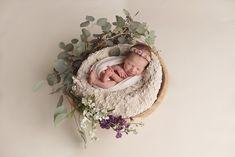 wilmington_newborn_photographer Newborn Pictures, Baby Pictures, Newborn Christmas Pictures, Baby Photos, Newborn Shoot, Boy Newborn, Baby Girl Photography, Photographing Babies, Fotografia