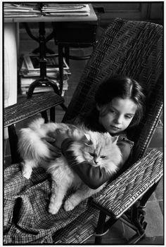 Henri Cartier-Bresson Mélanie CARTIER-BRESSON. Learn Fine Art Photography - https://www.udemy.com/fine-art-photography/?couponCode=Pinterest10