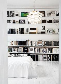 Lovely white loveliness    fantasticfrankblogg:    Amazing white