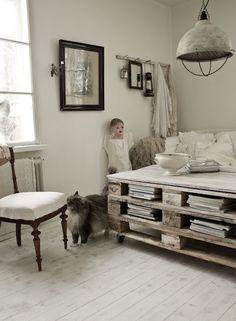 Transcendent Dog House with Recycled Pallets Ideas. Adorable Dog House with Recycled Pallets Ideas. Pallet Crates, Old Pallets, Wooden Pallets, Free Pallets, Pallet Storage, Pallet Tables, Bed Storage, Palette Diy, Pallet Designs