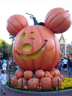 Halloween....Disney style...