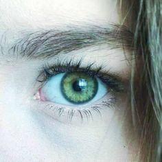Forest green eyes (the color of eyes I believe I have). Forest green eyes (the color of eyes I believe I have). Gorgeous Eyes, Pretty Eyes, Cool Eyes, Dark Green Eyes, Olive Green Eyes, Yellow Eyes, Aesthetic Eyes, Human Eye, Eye Photography