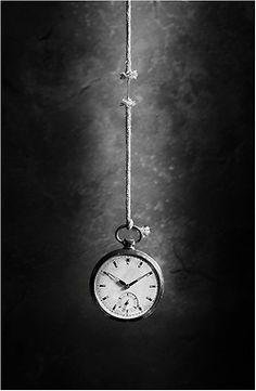 art-and-dream:  Black and white photography byVictoria Ivanova  life like a thread