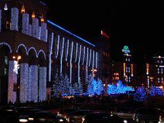 Christmas lights on Maidan Nezalezhnosti