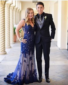 Thank you @olivia_daviss for sending us your gorgeous prom photo. We hope you had a memorable time. #miabellacouture #californiaglam #sherrihill #prom #promdress #prom2k16 #prom2016 #dressshopping
