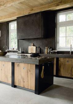 blk & wood.....this kitchen is insane!
