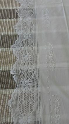 Crochet Lace, Diy And Crafts, Crochet Edging Patterns, Crochet Edgings, Crochet Table Runner, Hand Embroidery, Dots, Imagination, Crocheted Lace