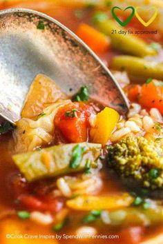 21 Day Fix approved Vegetable Rice Soup! Vegetable Rice Soup is the perfect healthy lunch on any eating plan including the 21 day fix meal plan and weight watchers! This meal is loaded with fresh veggies and flavor. Vegetable Rice Soup, Hamburger Vegetable Soup, Healthy Cooking, Healthy Dinner Recipes, Healthy Eating, Healthy Foods, Yummy Recipes, Herb Recipes, Eating Clean
