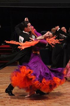 Latin Ballroom Dresses, Ballroom Dancing, Female Dancers, Dance Routines, Figure Skating Dresses, Dance Pictures, Just Dance, Dance Costumes, Dance Wear
