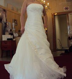 ♥ Agnes von Mode de Pol Kollektion 2013 ♥  Ansehen: http://www.brautboerse.de/brautkleidverkaufen/agnes-von-mode-de-pol-kollektion-2013/   #Brautkleider #Hochzeit #Wedding