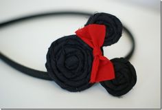 Minnie Mouse headband, yeah I can do this!! I just need the girl...ok i would wear it too!