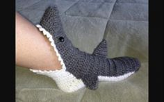 I want these too! So cute....DCH.  Great Shark slippers ages from 2 years to adul!mssg age or size!