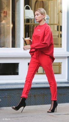 Hayley Baldwin un red