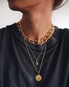 How do we feel about statement jewelry? Love or love? // all pieces of # . - How do we feel about statement jewelry? Love or love? // all pieces of - Cute Jewelry, Boho Jewelry, Jewelry Accessories, Fashion Accessories, Fashion Jewelry, Jewellery, Fashion Fashion, Jewelry Rings, Fashion Ideas