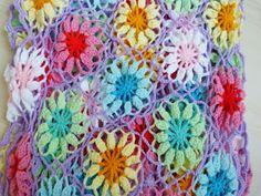 Ilona's blog: gehaakt sjaal met zon! Crochet shawl with sun!