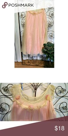 Adorable Vintage Baby Doll Night Gown  Lisette A.S In very good condition. Has a few very minor snags in fabric, but barely noticeable. I had to look hard.  pastel pink with cream yellow overlay. Super adorable. Size small, but would fit a medium. Lizette by All Sterling Intimates & Sleepwear Pajamas