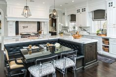 Vanessa DeLeon is a GENIUS! This is my ultimate kitchen, love the banquet built into the island!