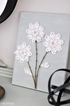 Learn how to create your own shabby chic DIY canvas wall art project. You only n… Learn how to create your own shabby chic DIY canvas wall art project. You only need a few supplies & it's simple to make – let's get started! Flores Shabby Chic, Shabby Chic Flowers, Shabby Chic Decor, Diy Flowers, Shabby Chic Wall Art, Crochet Flowers, Metal Tree Wall Art, Diy Wall Art, Diy Wall Decor