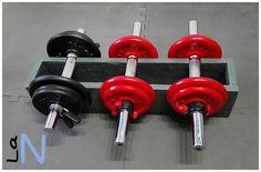 Soporte DIY para pesas o mancuernas. Mira cómo se hace en el blog: http://laneuronadelmanitas.blogspot.com.es/2016/03/soporte-para-pesas-o-mancuernas.html