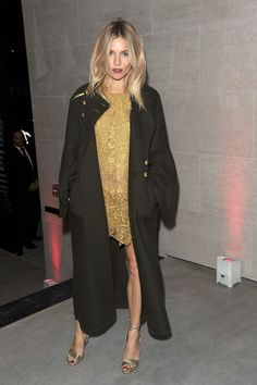 Styling Tips> short party dress and a trench coat / Sienna Miller