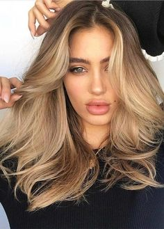 Favorite Blends Of Balayage Hair Colors in 2019 #haircolorbalayage #sexyhair #hair #hairgoals #behindthechair #longhair #hairstylist #modernsalon #hairstyles #curlyhair #curls #instahair #balayage