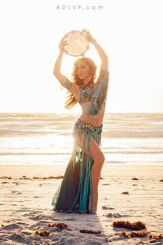 One of my favorites from my belly dance photo shoot with Amour de La Vie…